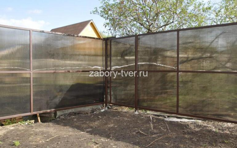 забор из поликарбоната в Твери