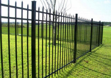 забор из профильной трубы в Твери