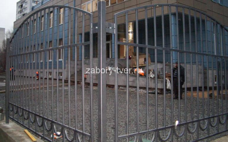 забор из профтрубы в Твери